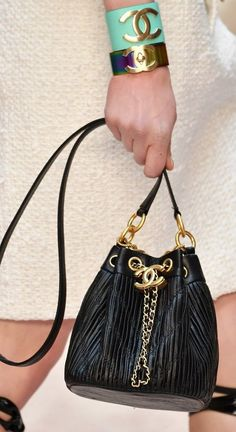 """Handbags 2018/2019 : Chanel Cruise 2018 at the Grand Palais in Paris, """"The Modernity of Antiquity"""" in... #Handbags https://inwomens.com/2018/02/24/handbags-2018-2019-chanel-cruise-2018-at-the-grand-palais-in-paris-the-modernity-of-antiquity-in/"""