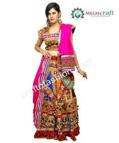 2db0f25b07 15 Best choli images in 2017 | Indian clothes, Indian gowns, Indian ...