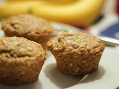 Brunch N' Cupcakes: {Breakfast/Snack; Sweet Banana Oatmeal Muffins}