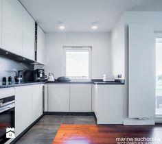 projekt mieszkania w Luboniu - Kuchnia, styl minimalistyczny - zdjęcie od marina suchorska architektura wnętrz white   modern   kitchen   mdf   inspiration   design