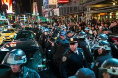 """Concerns Raised Over Shrill Device New York Police Used During Garner Protests - NYTimes.com """"A police officer holding a long-range acoustic device, whose noise blasts can reach up to 152 decibels, in Times Square last month."""" http://www.nytimes.com/2014/12/13/nyregion/lawyers-raise-concerns-over-shrill-device-used-by-police-during-garner-protests.html?partner=socialflow&smid=tw-nytmetro&_r=0"""