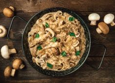 This mushroom tofu stroganoff is the perfect meal for your meat-free Mondays. It has similar flavours to the classic beef stroganoff. Recipe For Beef Stroganoff, Mushroom Stroganoff, Mushroom Gravy, Slow Cooker Beef, Pressure Cooker Recipes, Beef Recipes, Cooking Recipes, Stuffed Mushrooms, Stuffed Peppers