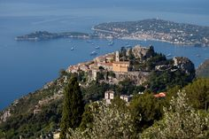 Exploring a Riviera Gem, From Seaside to Hilltop - NYTimes.com  I love it here