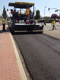 Cold In-Place Recycling in California. Asphalt Pavement, Road Construction, Recycling, Sidewalk, Cirebon, California, Rollers, Places, Jeep