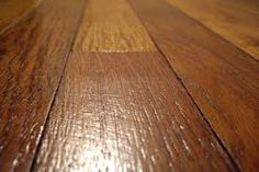 DIY Homemade Natural Hardwood Floor Cleaner ~ Mix together: cup vinegar, 1 tablespoon castile soap, cup rubbing alcohol, 2 cups warm water, es. Vacuum For Hardwood Floors, Cleaning Wood Floors, Hardwood Floor Cleaner, Natural Wood Flooring, Diy Flooring, Diy Cleaners, Cleaners Homemade, Floor Cleaners, Plastic Spray Bottle