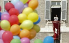 16. Februar 2014, #Vatikan: #Papst Franziskus beim Angelus-Gebet am Sonntag. (Foto: Reuters)