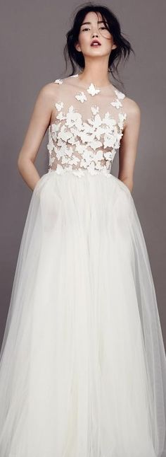 Kaviar Gauche Wedding Dress 2015
