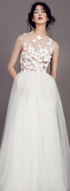 Kaviar Gauche Wedding Dress 2015