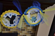 Banner: one in a minion. With pics of minions Minion Party Games, Minion Theme, Despicable Me Party, Minion Birthday, Minion Baby Shower, 2nd Birthday Parties, Birthday Ideas, Its My Bday, Party Favor Bags