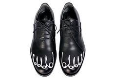 The Toe Shoes by Comme des Garçons.