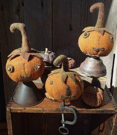 Wool Pumpkin Jack on Oil Can Funnel or Sewing Clamp Rustic Halloween, Halloween Doll, Fall Halloween, Halloween Crafts, Halloween Decorations, Halloween Queen, Halloween Ideas, Primitive Fall Crafts, Primitive Pumpkin