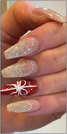 41 SUPRISING CHRISTMAS NAIL ART DESIGN Ideas for This new Year Part christmas nails acrylic; christmas nails polish See other ideas and pictures from the category menu…. Faneks healthy and active life ideas Chistmas Nails, Christmas Nail Polish, Cute Christmas Nails, Xmas Nails, New Year's Nails, Christmas Nail Art Designs, Holiday Nails, Winter Christmas, Christmas Design