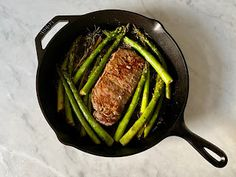 Kitchen Cactus: Herb Butter Steak and Asparagus Herb Butter For Steak, Ways To Cook Steak, Best Steak, Grill Pan, Asparagus, Dinner Ideas, Grilling, Cactus, Herbs