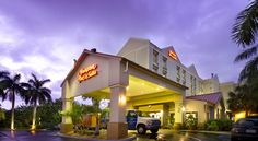 Hampton Inn & Suites Fort Lauderdale Airport Hollywood This Fort Lauderdale hotel is near Hollywood International Airport and offers many amenities, including airport transportation.  It offers cruise packages to and from Port Everglades and Port of Miami.