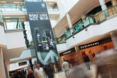 Body care specialists Lynx recently took advantage of our unmissable Panoramic advertising format to promote their latest 'Lynx Peace' product range! See our blog for more:   http://limited-space.com/lynx-peace/   #OOH #panoramic #malladvertising #lynx #creative #unmissable