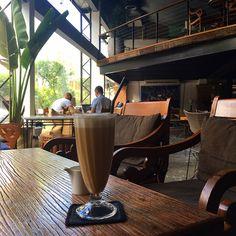 #Kuppa #Cafe #SukhumvitSoi16 #Bangkok #MyKrungthep #KhlongToei Hidden Treasures, Bangkok, Coffee Maker, Kitchen Appliances, Coffee Maker Machine, Diy Kitchen Appliances, Coffee Percolator, Home Appliances, Coffeemaker