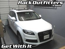 Audi Q7 Thule Rapid Podium AeroBlade Base Roof Rack