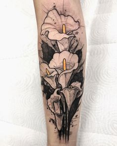Tattoo Feather Flower Roses 39 Ideas For 2019 Feather Tattoos, Nature Tattoos, Rose Tattoos, Flower Tattoos, New Tattoos, Body Art Tattoos, Calla Lily Tattoos, Tattoo Sketches, Tattoo Drawings