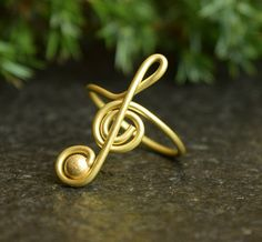 Treble Clef Ring, Note Ring, Music Ring, Handmade Thumb Ring, Treble Clef Jewelry, wire ring, wire wrap, wire jewelry, Brass Ring