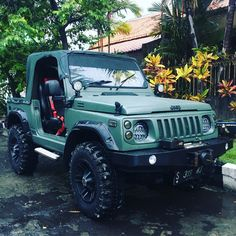 Jimny ku.. My Dream Car, Dream Cars, Suzuki Sj 410, Ford Sport Trac, Jimny Suzuki, Polaris Atv, Truck Paint, Jeep 4x4, Jeep Wrangler Jk