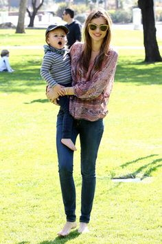 Chic New Moms: Notes on Style for the Duchess - Miranda Kerr