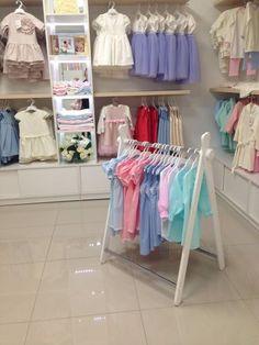 Детская ручной работы. Напольная вешалка для детской одежды. Вера Кочнева. Интернет-магазин Ярмарка Мастеров. Вешалка, играем и развиваемся