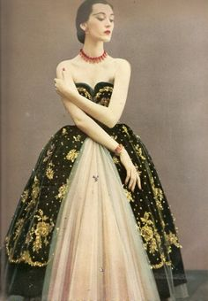 December 1950 Harper's Bazaar - Dovima in Christian Dior  #retro #partydress #romantic #feminine #fashion #vintage #designer #classic #dress #highendvintage