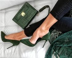 Gorgeous Heels, Beautiful Shoes, High Heel Sneakers, High Heels, Cute Shoes, Me Too Shoes, Shoe Wardrobe, Shoe Boots, Shoe Bag