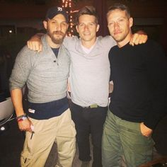 Tom Hardy with Jacob Tomuri and Scott Lang bts The Revenant