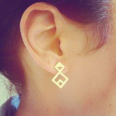 Rhombus Twain Earrings, Rhombus Earrings, Geometric Earrings, Gold Earrings, Geometric Jewelry, Minimalist Jewelry, Triangle door LuluMayJewelry op Etsy https://www.etsy.com/nl/listing/177395271/rhombus-twain-earrings-rhombus-earrings