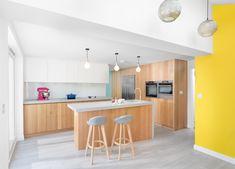 Architecture, Table, Furniture, Home Decor, Arquitetura, Homemade Home Decor, Tables, Home Furnishings, Interior Design
