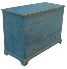 Early 19th century Blanket Chest, this Chest has one dovetailed drawers, and it still retains it's original wonderful Blue paint, circa 1800- 1810