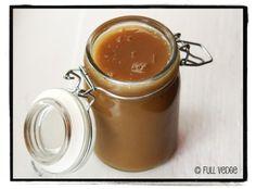 Caramel au lait de coco, au sirop d'érable et à la fleur de sel | Full vedge - Recettes végétariennes et gourmandes!