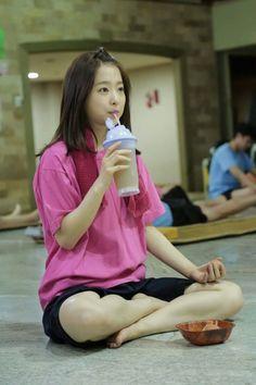 Park Bo Young in jjimjilbang. - Toc Kpop