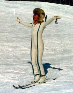 1976 Suzy Chaffee, Spruce Peak, Stowe Vermont, photo by Alan Wright Vermont Skiing, Stowe Vermont, Beach Trip, Hawaii Beach, Oahu Hawaii, Beach Travel, Ski Usa, Vintage Ski Posters, Freestyle Skiing