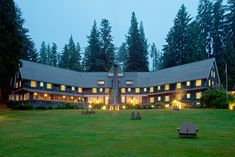 """Built in Lake Quinault Lodge gives our guests a taste of days gone by & was proudly featured in """"Great Lodges of the National Parks"""" on PBS. Romantic Resorts, Romantic Getaways, Beach Trip, Vacation Trips, Beach Travel, Olympic Peninsula, Chicago Restaurants, Future Travel, Outdoor Travel"""