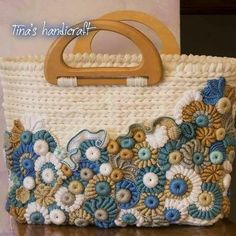 http://tinashandicraft.blogspot.it/search/label/bags