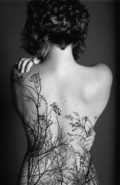Tatuaggi: la bellezza della natura sulla pelle come un quadro