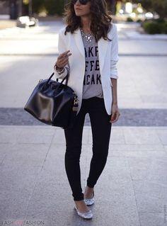 Look perfeito para um dia de trabalho.: