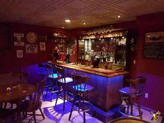 Click image to visit the drunken skunk home bar project