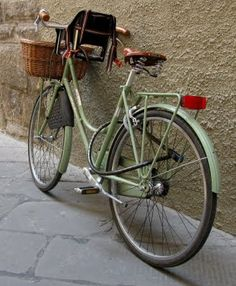 Bike: Lucca, Italy. I've been to the great walled Lucca. Such a pretty city.