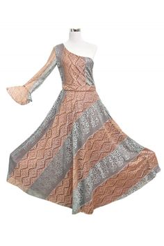 This for the Protagonist and is a sure head turner by the wearer. Rose gold and silver mixed net fabric gives a heavenly texture. #Smize #wiwt #BOT #Fashionista #Floral #Statement #Extra #Milleniel #Xennials #Fashionable #Designer #Clothingline #Dress #Model #Personality #Highlight #Women #instafashion #OOTD #HighFashion #whatiwore #clothes #fashionaddict #fashionblog #fashiondiaries #fashiongram #fashionpost #fashionstyle Full Length Skirts, Bold And The Beautiful, You Look Like, What I Wore, Fashion Addict, Designer Dresses, High Fashion, Champion, Rose Gold
