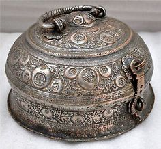 1850s-Indian-Antique-Hand-Crafted-Engraved-Copper-Chapati-Bread-Box