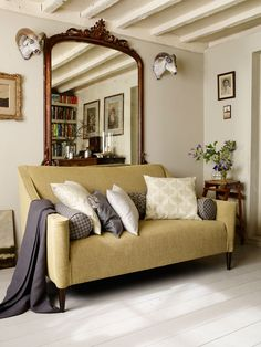 Selborne collection | Linwood Fabrics & Wallpapers. Available from Victoria Clark Interiors.