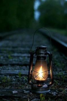 Lampião na linha do trem. Death is not extinguishing the light; it is putting out the lamp because the dawn has come. Old Trains, Train Tracks, Oil Lamps, Belle Photo, Locomotive, Grief, Railroad Tracks, Light Up, Night Light