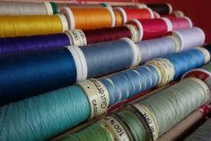 Et vous, c'est quoi vot Coin Couture, Dyi, Textiles, Patches, Inspire, Inspiration, Dressmaking, Sewing Crafts, Haute Couture