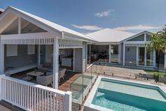Nice indoor/outdoor area - Hampton style, pool and decking looks good - Kingscliff beach house Hamptons Style Homes, Hamptons House, Hyderabad, Weatherboard House, Queenslander, Pool Houses, Beach Houses, Facade House, Coastal Homes