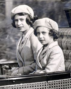 (L) Princess Elizabeth II and her little sister  Princess Margaret