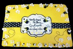 Bee cake for baby shower