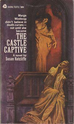 The Castle Captive Susan Ratcliffe Avon Gothic 1968 good condition paperback